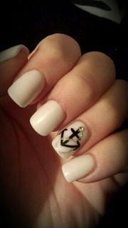 white powder acrylic nails