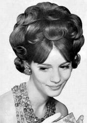 1000 hair parlours