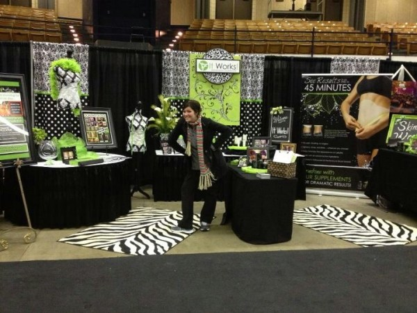 ItWorks! Bridal show booth! Can't wait for fair and show ...