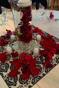 38 best images about Red black and White centerpieces on ...