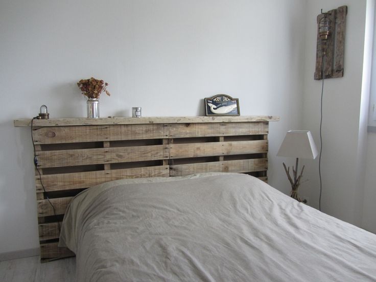 lit en bois flott tete de lit en bois with lit en bois. Black Bedroom Furniture Sets. Home Design Ideas