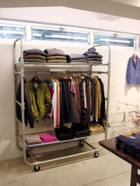 25+ best ideas about Clothing displays on Pinterest ...