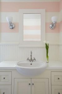 25+ best ideas about Striped walls horizontal on Pinterest ...