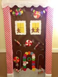 Gingerbread House Door Decor | Holidays stuff | Pinterest ...