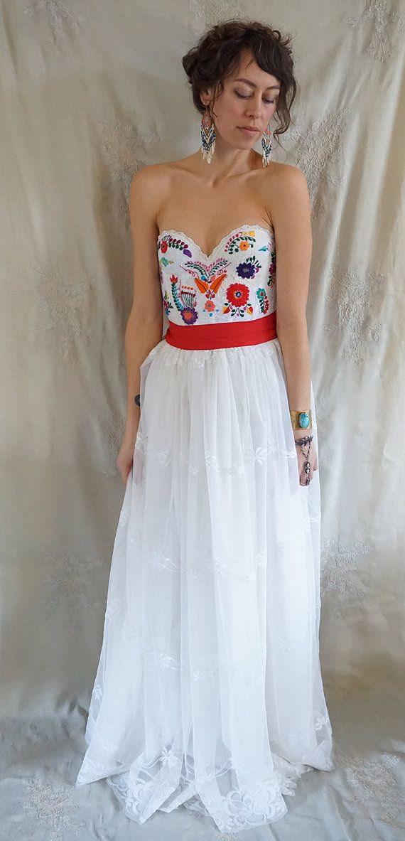 25 best ideas about Mexican dresses on Pinterest  Mexican style dresses Mexican embroidered