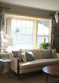 put the couch back in front of the bay window? | Living ...