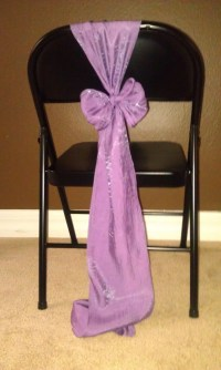 Vertical bow for metal folding chair without a chair cover ...