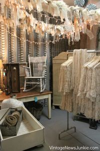675 best images about Flea Market Display Ideas on ...
