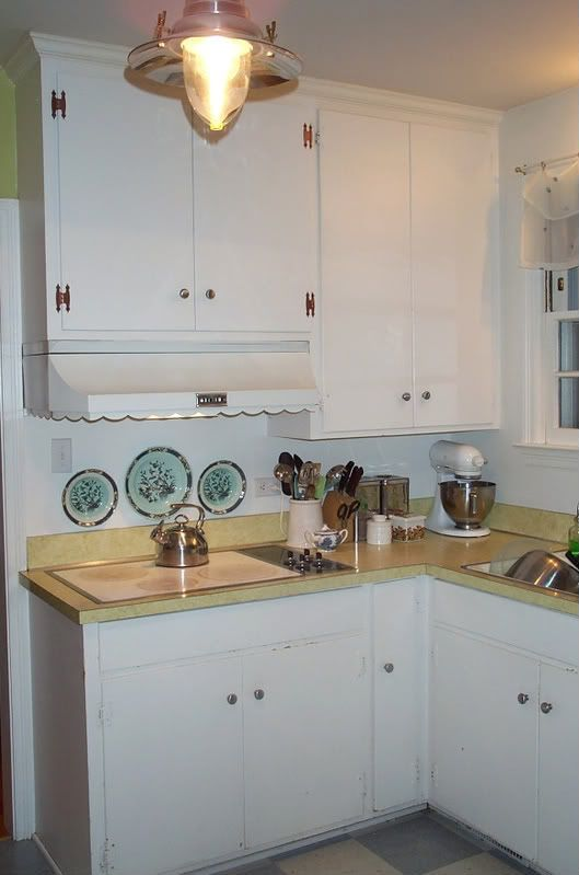 Creative ways to update old 1950s plywood cabinets with