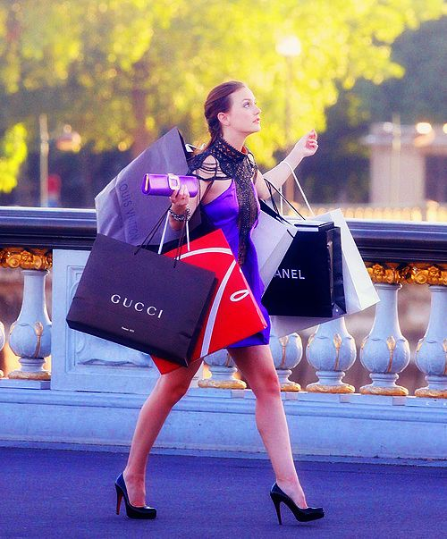 Blair & Shopping Bags - Gossip Girl: