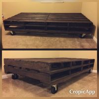 DIY twin pallet bed
