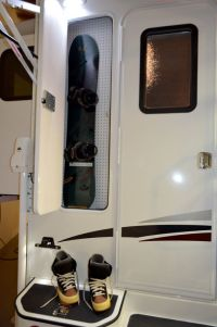 The 2016 Lance 975 is a single-slide out, dry bath truck ...