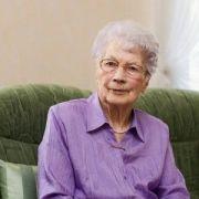 1000 grandma haircut