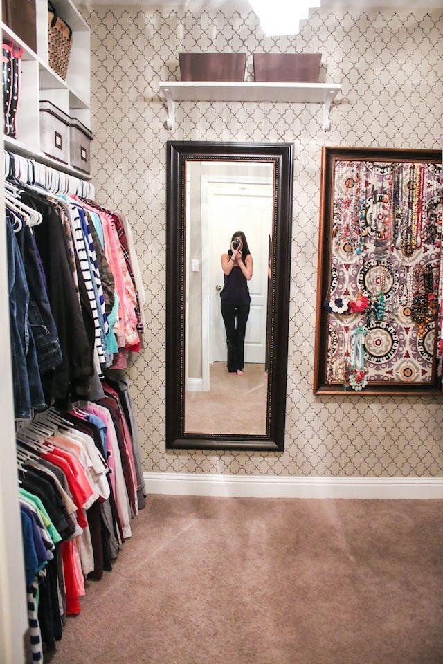 25+ Best Ideas about Diy Walk In Closet on Pinterest