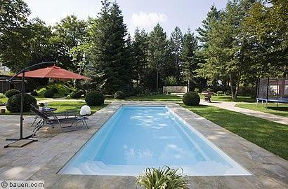 Der Monoblock Swimming Pool Besteht Aus Nur Einem Stück Und Ist