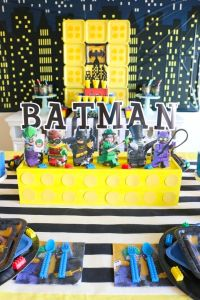 25+ best ideas about Batman party centerpieces on ...
