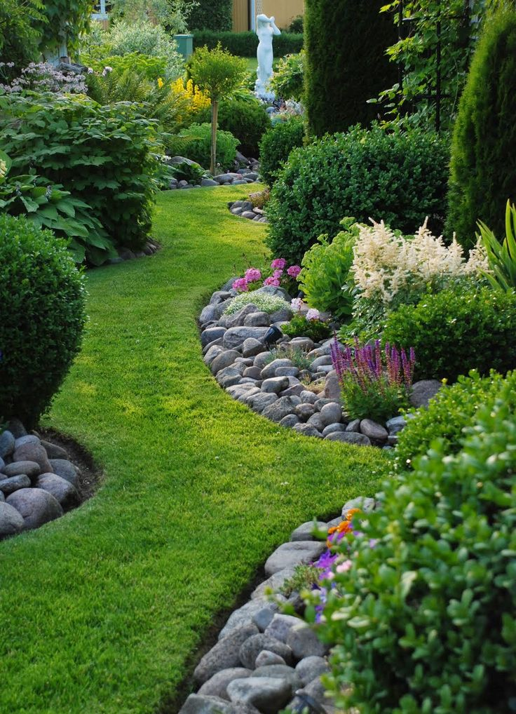 25 Best Ideas About Rock Edging On Pinterest Rock Border Stone