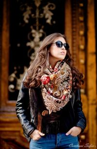 17 Best images about How to wear Russian scarves on ...