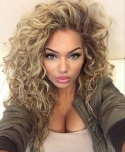 1000 ideas curly hairstyles