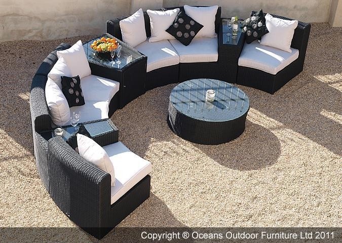 circle glass table and chairs seat cushions for the fabulous marco polo semi-circular sofa set is ideal patios or gardens perfect ...