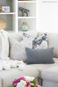 17 Best ideas about Couch Pillow Arrangement on Pinterest