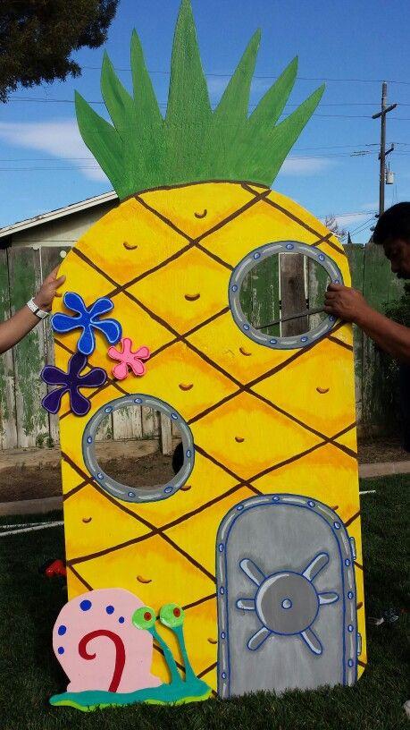 Spongebob birthday party, pineapple under the sea. Diy