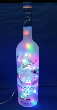 Best 25+ Liquor bottle crafts ideas on Pinterest | Liquor ...