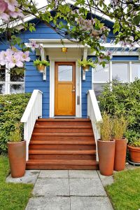 Wooden Front Step Designs | The welcoming entryway is ...
