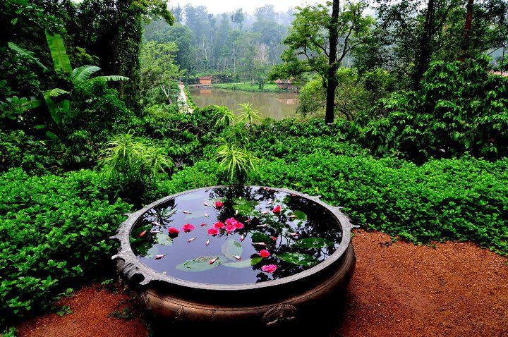 The Brass Uruli & Traditional Kerala Decorating Gardens