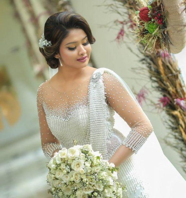 Hairstyles For Beautiful Wedding Sri Lankan Bridesmaids