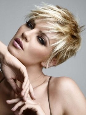 Best 25 Cool Short Hairstyles Ideas On Pinterest Cool Short