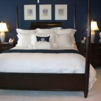 Navy blue bedroom - paint color to go around the beadboard ...