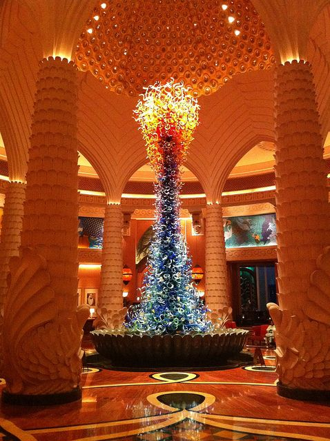 Chihuly Glass Sculpture At Atlantis Hotel In Dubai