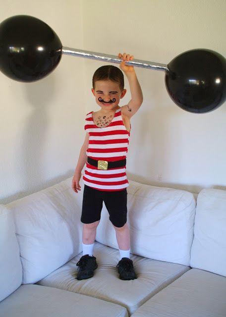 Costume Strongman Vintage Circus
