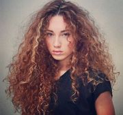 wild curly hair ideas