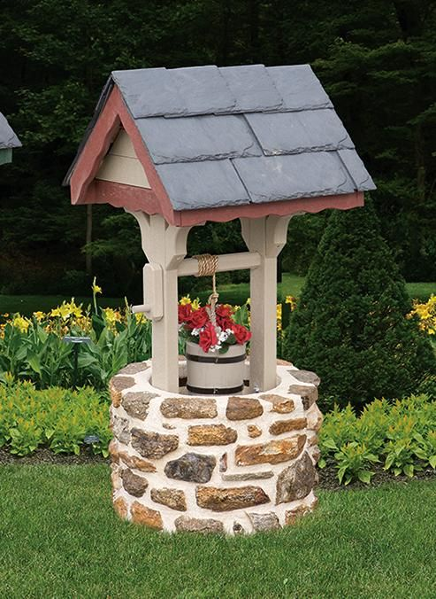 Amish Garden Wishing Well With Cedar Roof Small Gardens Beautiful And Its You