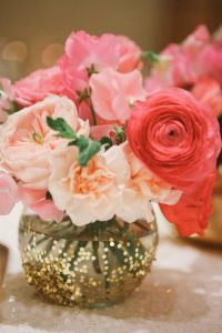 Best 25+ Glitter centerpieces ideas on Pinterest | Glitter ...
