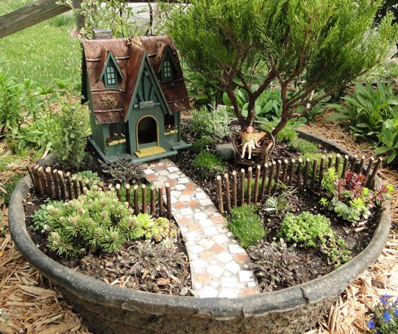 25 Best Ideas About Miniature Fairy Gardens On Pinterest Mini