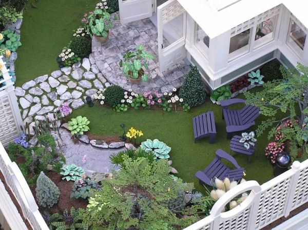 1000 miniature plants