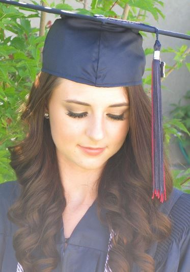 25 Best Ideas About Graduation Hairstyles On Pinterest
