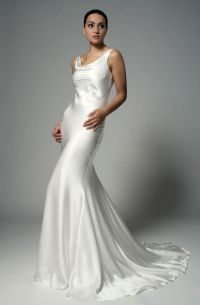 17 Best ideas about Silk Wedding Gowns on Pinterest | Silk ...