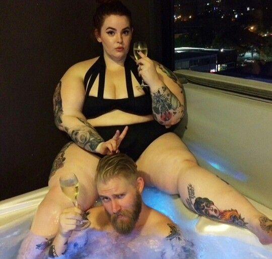 Hot Tub LyfeTess Holliday  Nick Holliday  Tess Munster