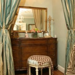 Vanity With Chair And Mirror Antique Oak Ladder Back Chairs 1000+ Images About Turn A Closet Into Makeup On Pinterest | Nooks, Vanities ...