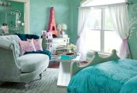 Turquoise Paris-themed room | paris themed bedroom ...