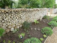 The log wall - another stealable idea. | Garden Ideas ...
