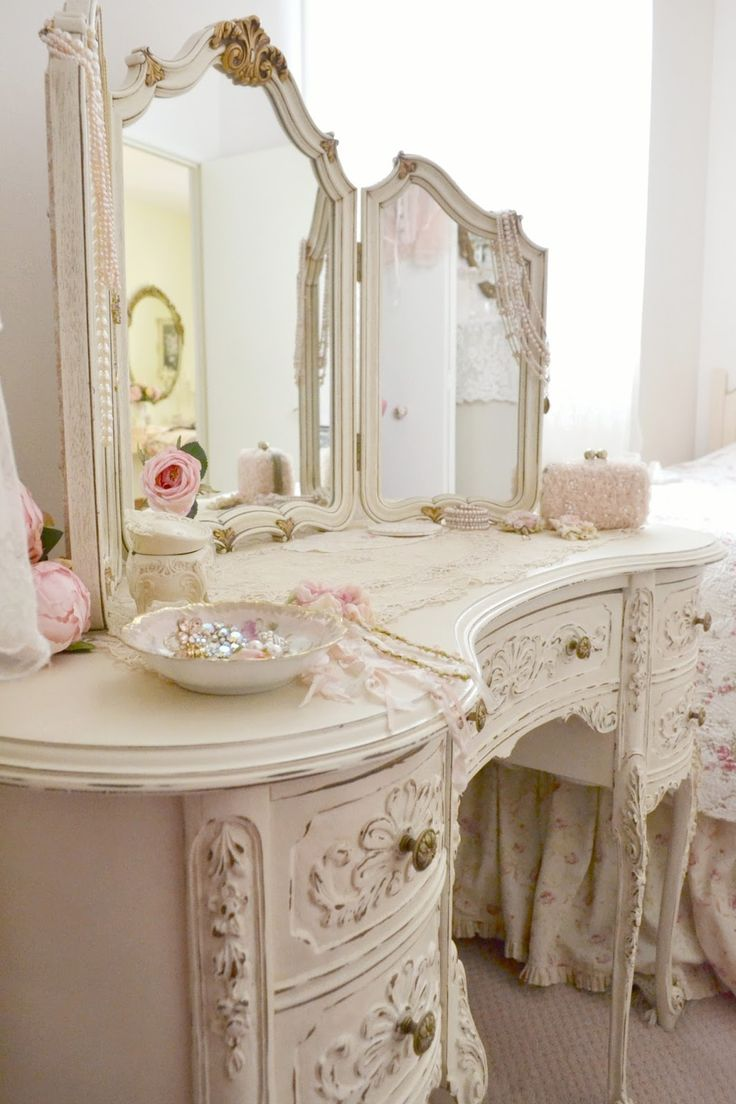 25 Best Ideas About Shabby Chic Vanity On Pinterest