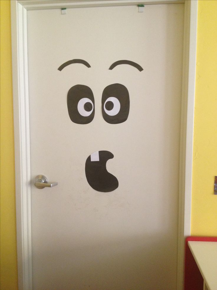 Halloween Door Decoration Stuffs Pinterest