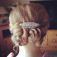 1000+ ideas about Messy Curly Bun on Pinterest | Curly bun ...