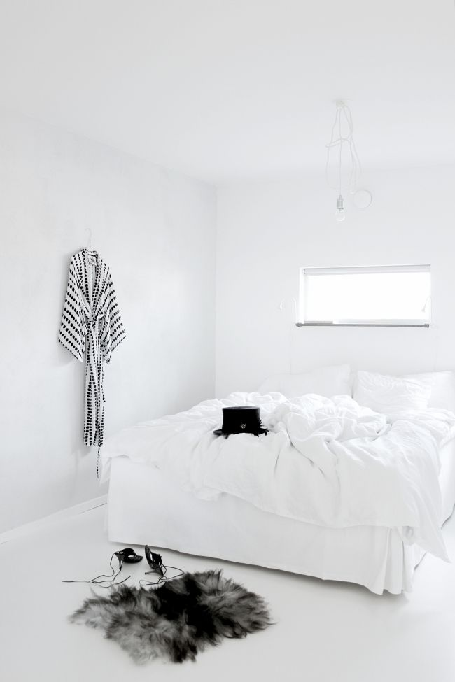 39 Best Images About Witte Slaapkamers On Pinterest Fluffy Comforter Inspiration And White Linens
