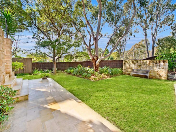 wallpaper the real pictures of australian home with a beautiful garden 800x600